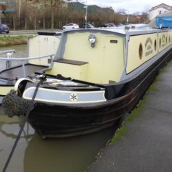 Live aboard narrow boat for sale